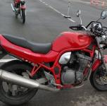 A kategorija  SUZUKI GSF600